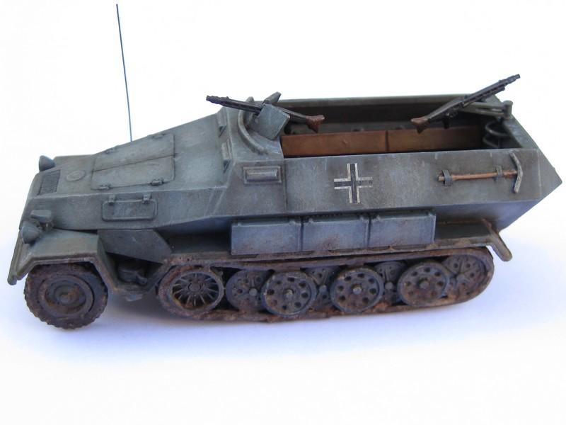 Sd.Kfz.251/1 Ausf.B [Revell; 1/76] Photo_35