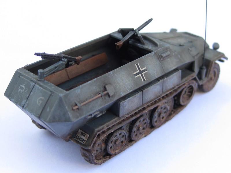 Sd.Kfz.251/1 Ausf.B [Revell; 1/76] Photo_39