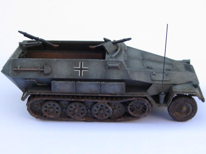 Sd.Kfz.251/1 Ausf.B [Revell; 1/76] Photo_40