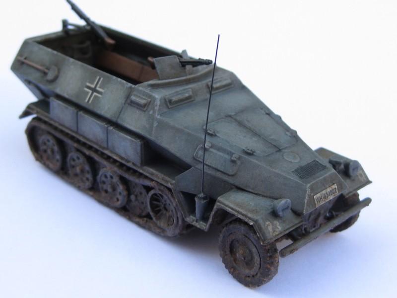 Sd.Kfz.251/1 Ausf.B [Revell; 1/76] Photo_41
