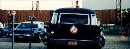 Avant d'être Ecto 1 , la caddy noir Black211