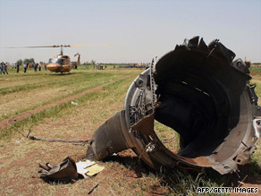 Crashed Iranian airliner 'disintegrated into pieces'  (15/07/09) Art_pl10