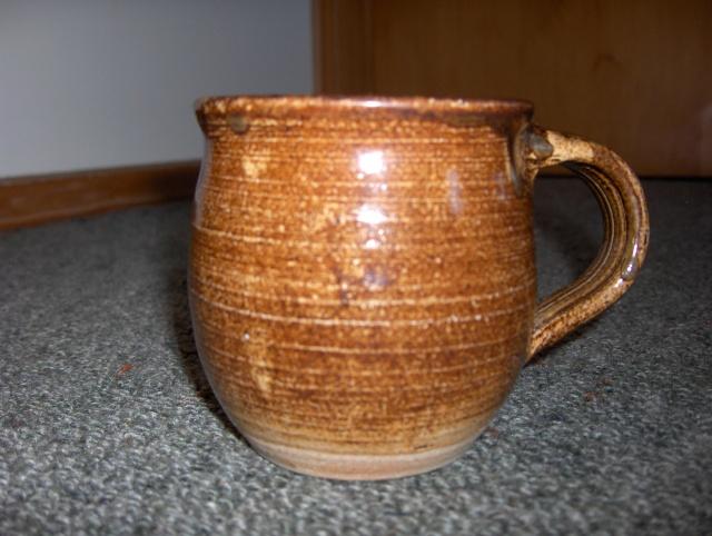 Len castle mug / cup ? No it's not his mark it belongs to Chris Lewis Hpim6218