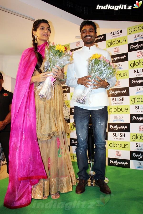 Sonam, Dhanush Celebrate 'Campus Blues' Dhau1815