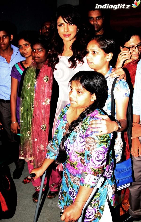 Priyanka Launches UNICEF's Mobile Application Priyan11