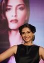 Sonam Kapoor Unveils L'oreal Sunset Collection - Страница 2 5zc6i210