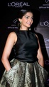 Sonam Kapoor Unveils L'oreal Sunset Collection - Страница 2 Gvgilr10