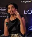 Sonam Kapoor Unveils L'oreal Sunset Collection - Страница 2 Sonam214