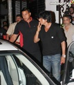 Shahrukh Snapped At Pizza Metro Pizza Srk20410