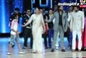 'Lootera' Ranveer Dancing Superstar In Rain Tera1825