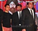 SRK, Aamir Launch Yamla Pagla Deewana 2 Music - Страница 2 Ypd20210