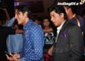 SRK, Aamir Launch Yamla Pagla Deewana 2 Music - Страница 2 Ypd20266