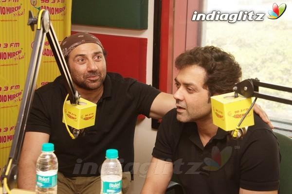 'Yamla Pagla Deewana 2' Promotion At Radio Mirchi Yama1712