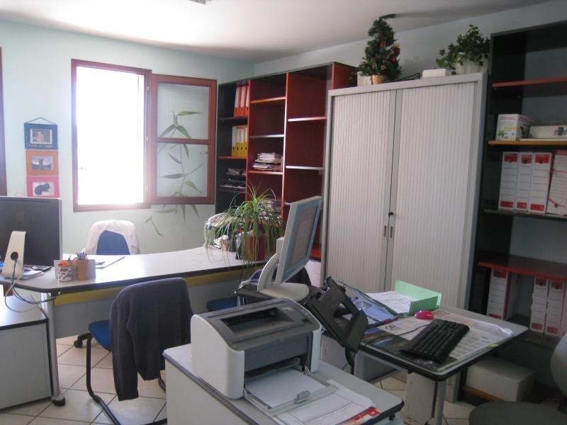 Relooking bureau professionnel de MELBA .... couleurs des mu Img_3320
