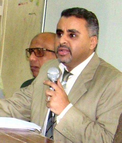 السيرة الذاتية للأستاذ الدكتور مجدى محمد حسين Dsc01511