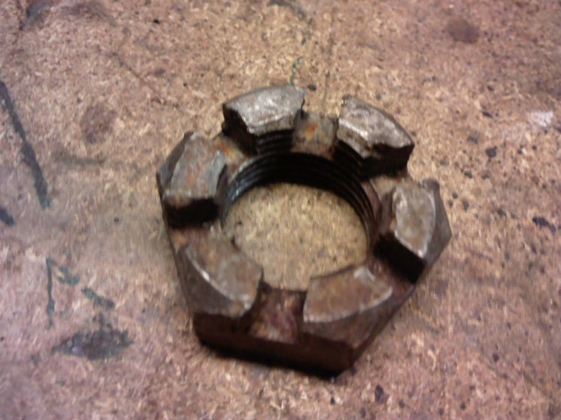 écrou de roue arrière Photo027