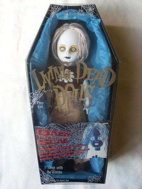 Living Dead Dolls - Page 2 Daisy_10