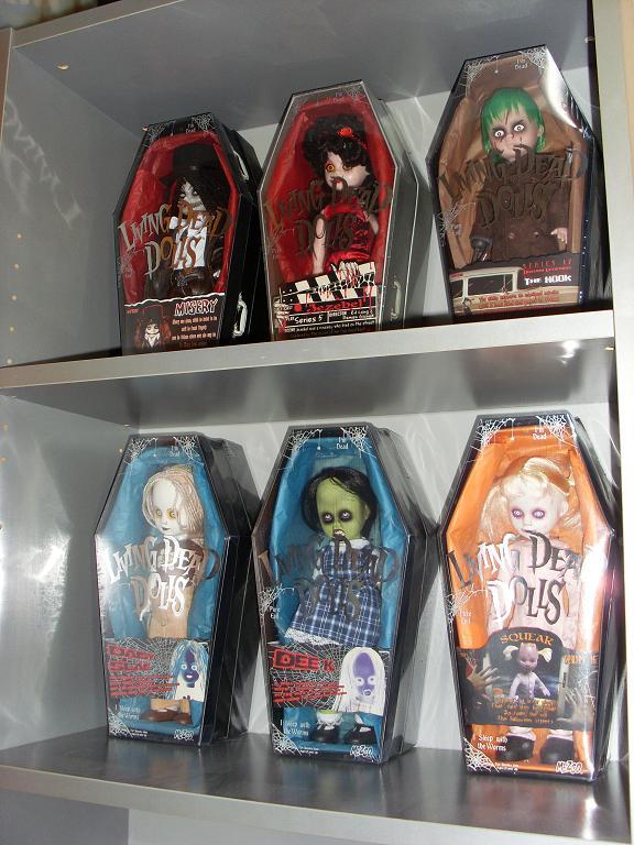 Living Dead Dolls Sl370929