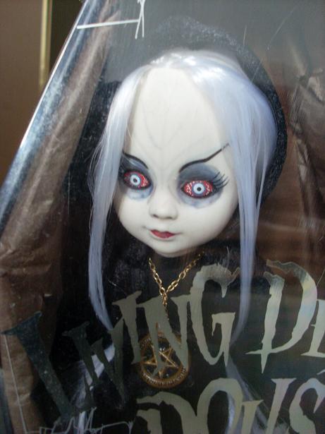 Living Dead Dolls Sl371032