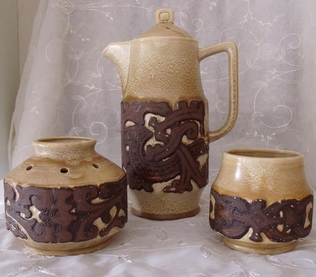 Rushton pottery (Isle of Man) Dscf0813