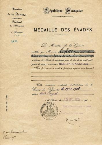 La Médaille des Evadés Evades10