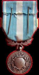 La Médaille d'Outre-Mer Medail25