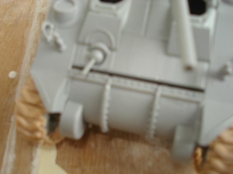 Problèmes Sherman M4A4 Dsc07810