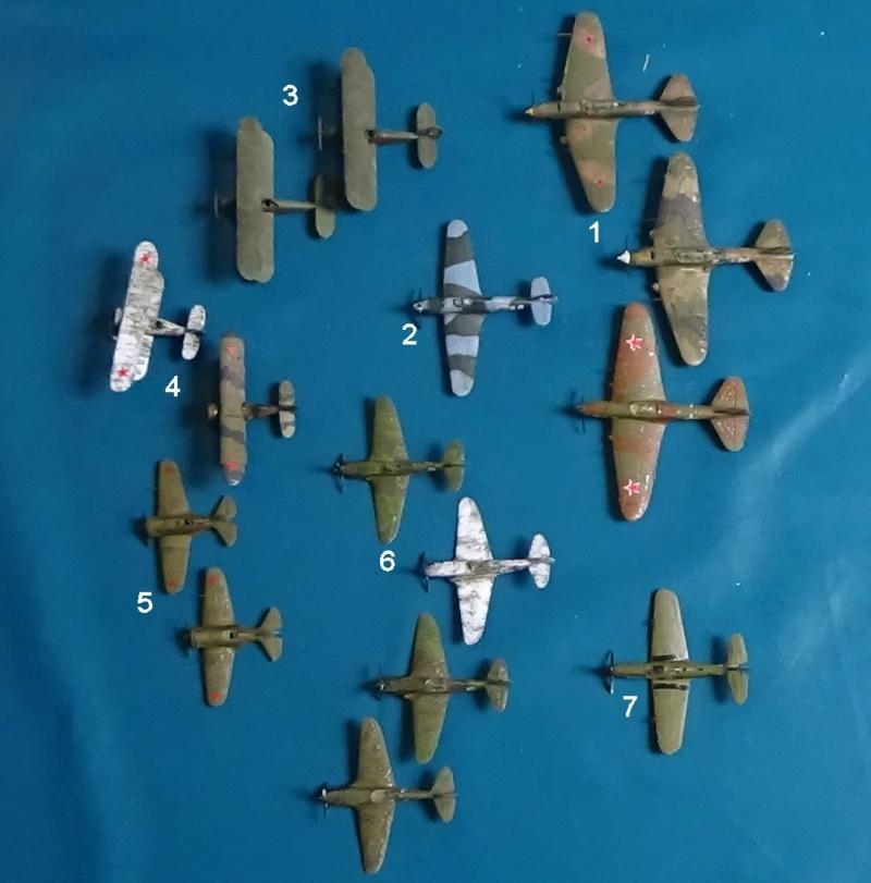 Vos collections de figurines d'avion en photo Dsc00413