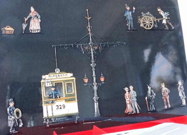 Meine -unbemalten, flachen- Eisenbahnfiguren aus Zinn Dsc01310