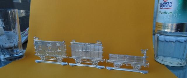 Meine -unbemalten, flachen- Eisenbahnfiguren aus Zinn Dsc03462