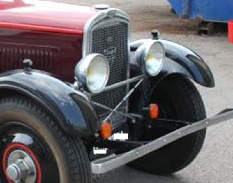 201 premier modèle : entretoise des phares ?? - Page 2 Cabrio11