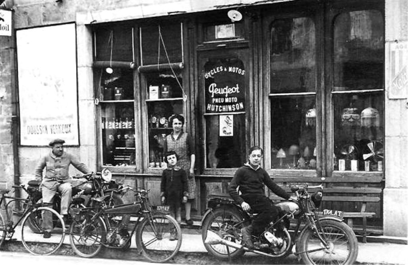 """Mon autre Peugeot """"avant guerre"""" n'a que 2 roues... Dousso10"""