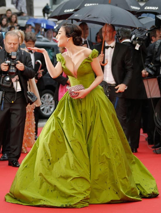 Cannes Film Festival - Page 4 10-zha10