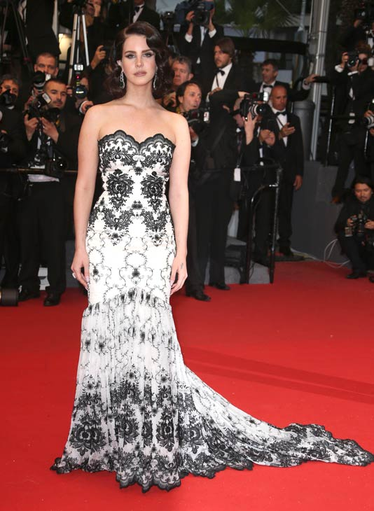 Cannes Film Festival - Page 4 2-lana10