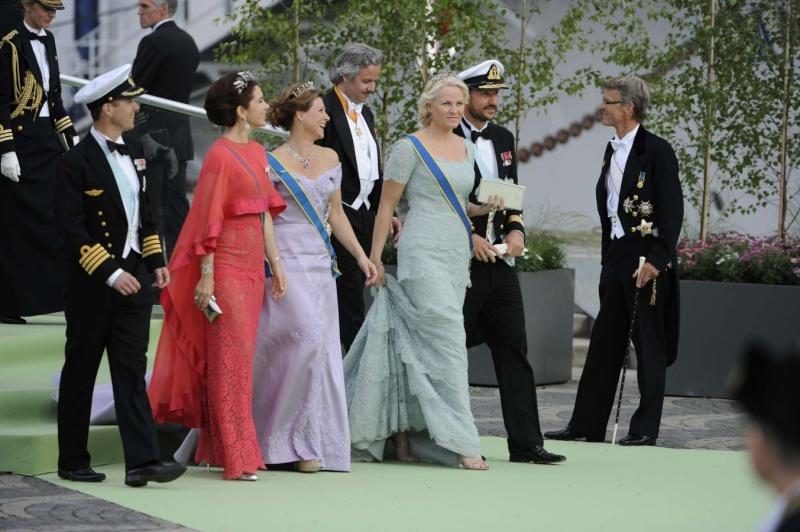 Sweden's Princess Madeleine weds - Page 2 2013-239