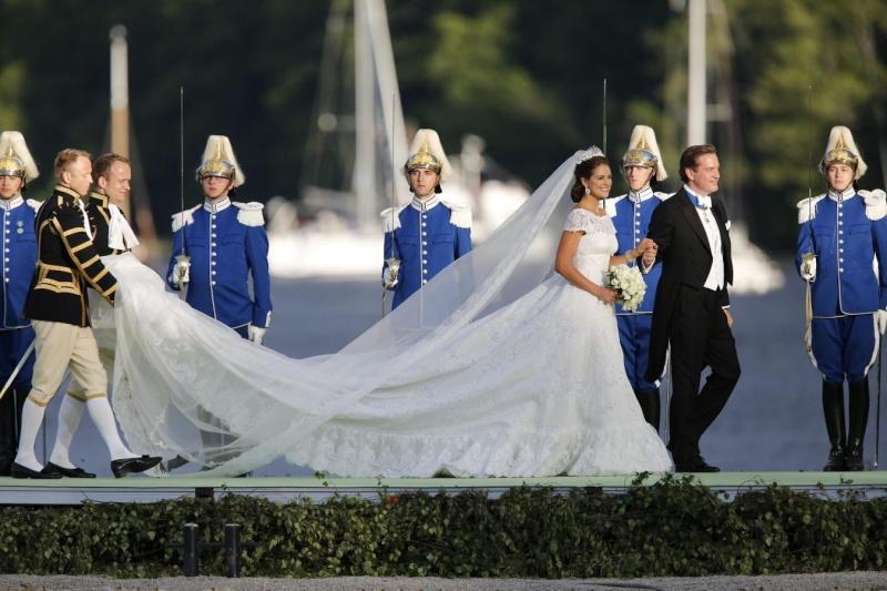 Sweden's Princess Madeleine weds - Page 2 2013-240