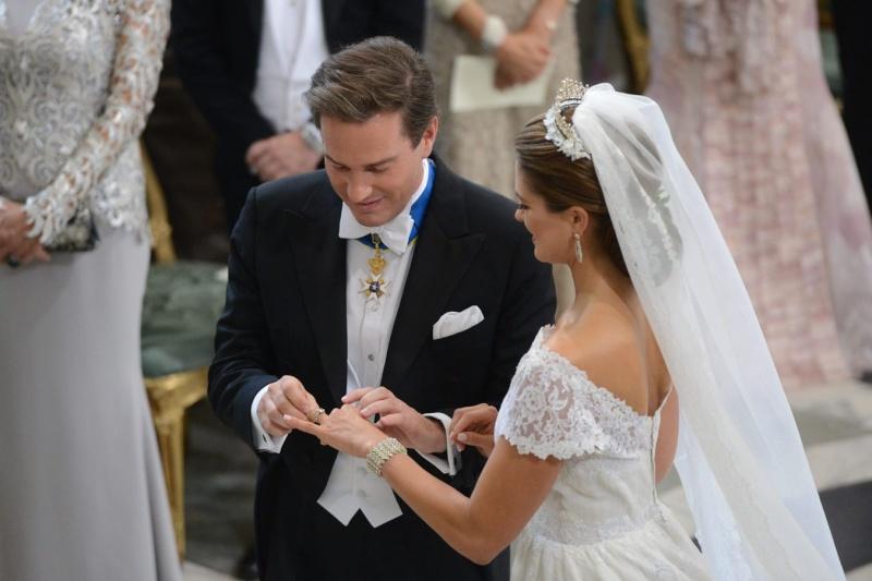 Sweden's Princess Madeleine weds Aa48da10