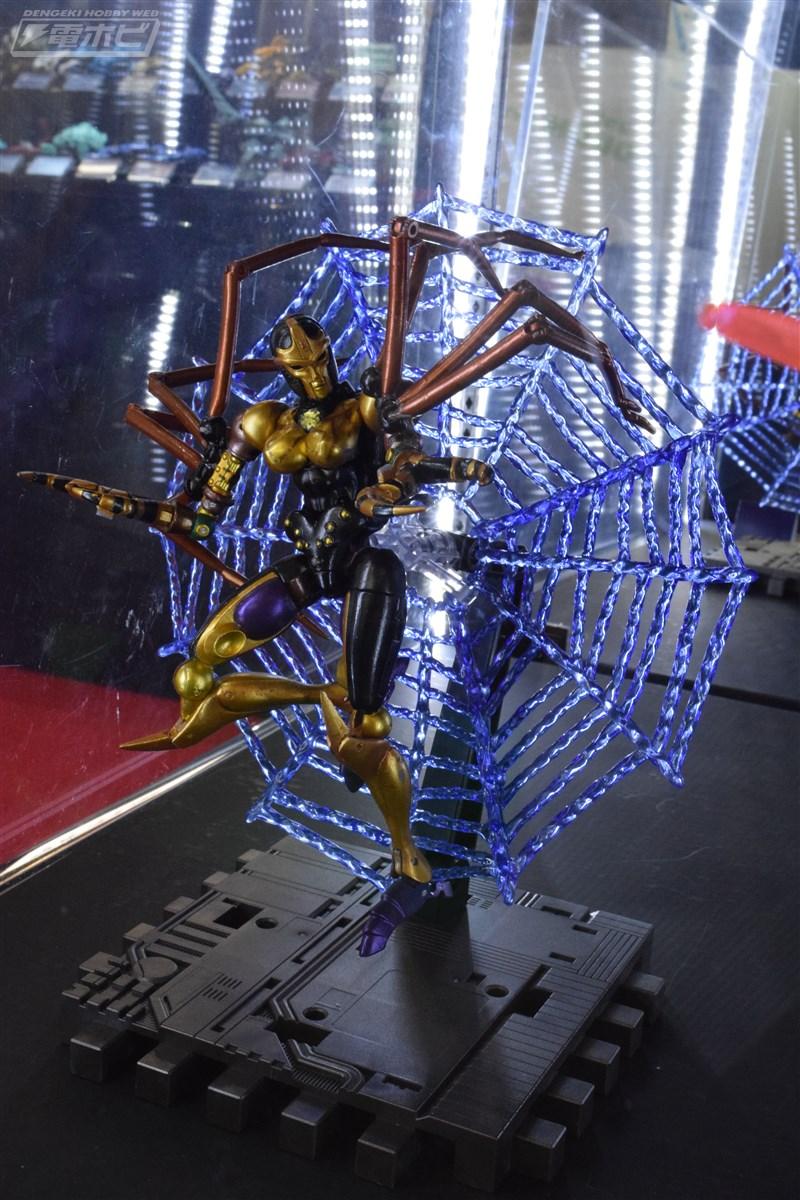 Masterpiece MP-46 (Beast Wars) Black Widow Dsc_8110