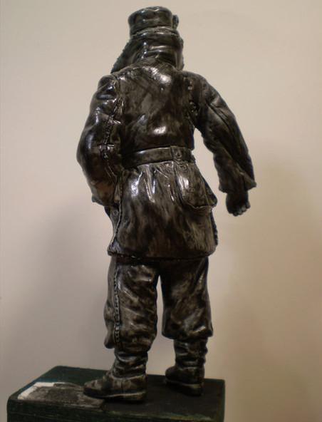 MG 42  Gunner P5180011