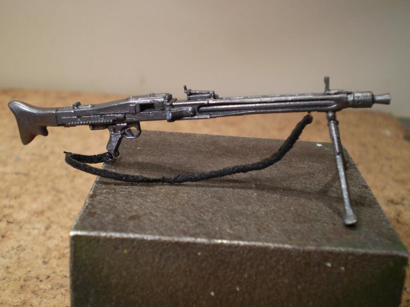 MG 42  Gunner P5300011