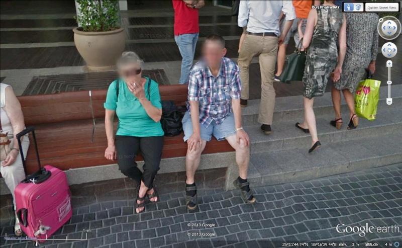STREET VIEW : les gens en chaussettes noires ! - Page 20 Ch310