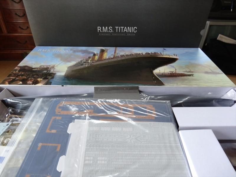 LE TITANIC , Academy Edition Anniversaire au 1/400 Dsc00911