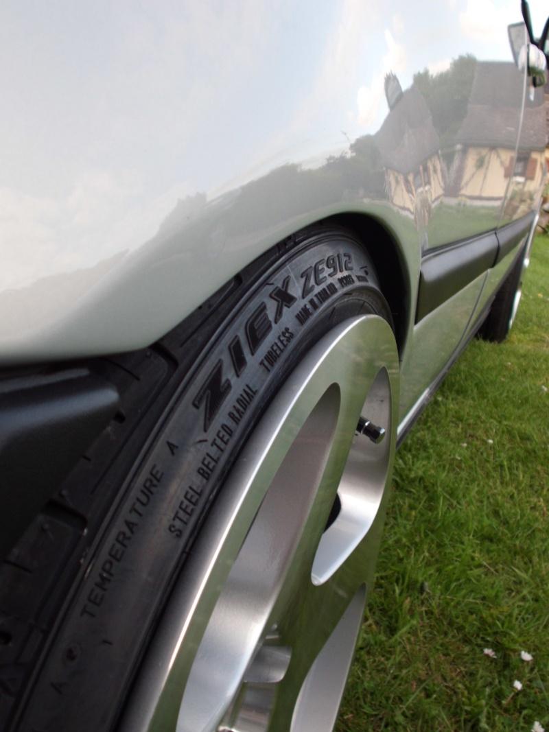 Golf 3 VR6--> pneux monter sur les rotiform - Page 19 Cimg0620