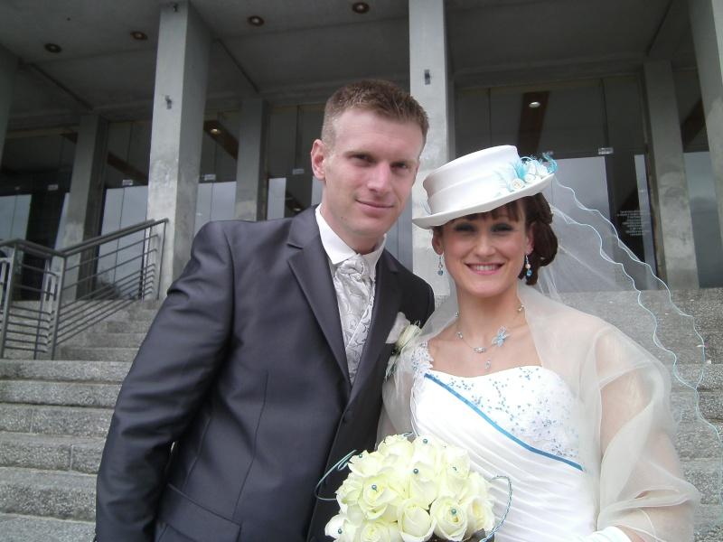 malheureux de vous quitter.. mais heureux de marié ma grande .... Pict0211
