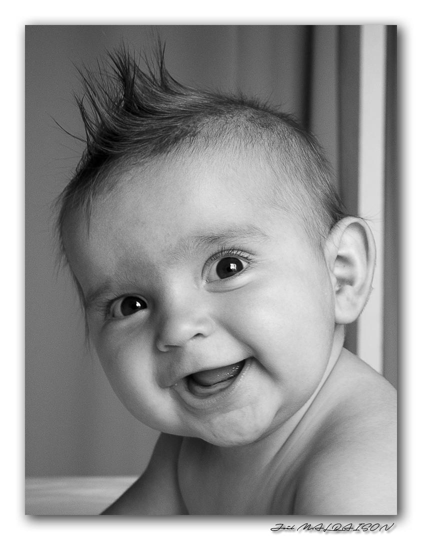 Portraits enfants / bébés - Page 23 Imgp5110