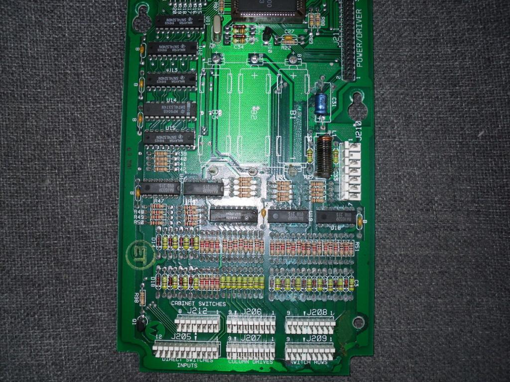 condensateur de sauve garde sur funhouse Sdc15610
