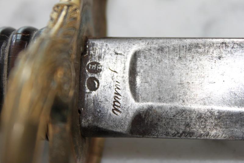 identification Sabre sans fourreau Img_3431