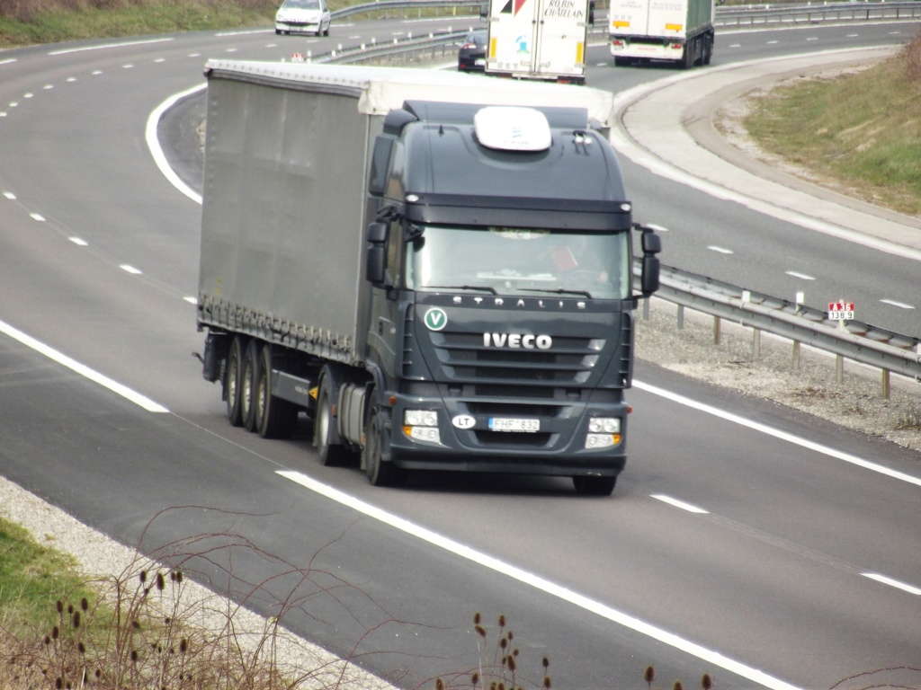 Iveco Stralis  - Page 5 Photo143