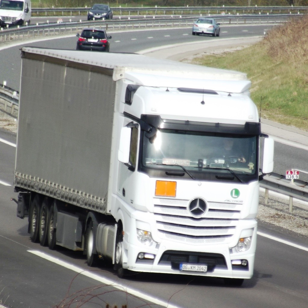 Mercedes Actros MP4 (euro 6 )  - Page 3 Photo156