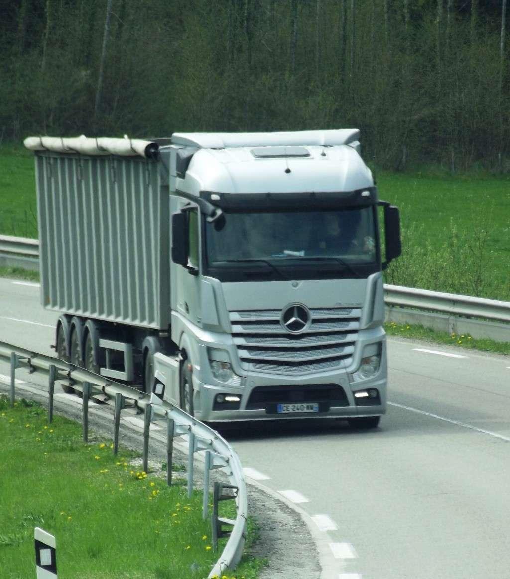 Mercedes Actros MP4 (euro 6 )  - Page 4 Photo571